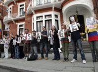 Manifestație pentru eliberarea lui Assange. Foto: Xavier Granja Cedeño/Ministerio de Relaciones Exteriores.