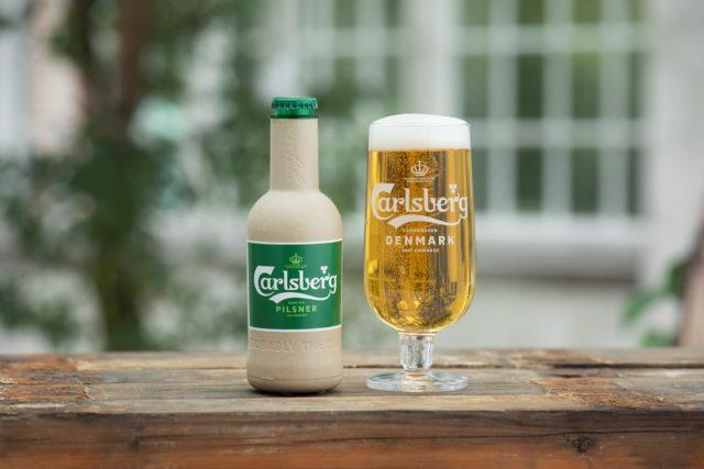Sticlă de hârtie de la Carlsberg