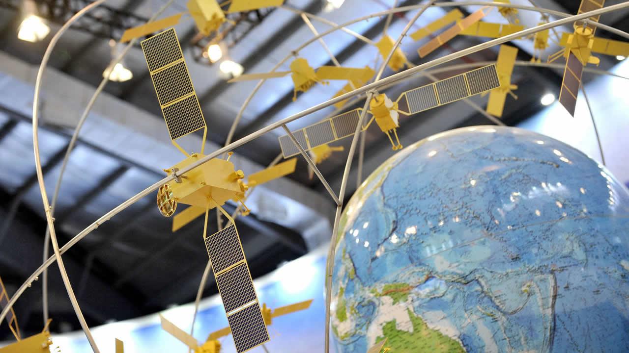 Un model al sistemului de sateliți BeiDou
